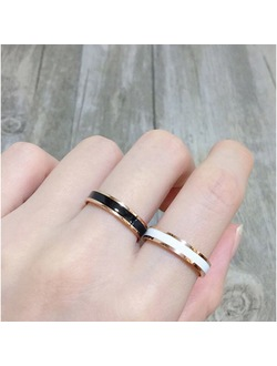Rose Gold / Silver with Black & White Ceramic Ring