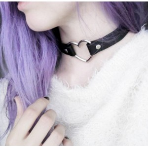 2 Way Heart Shaped PU Choker Necklace / Bracelet