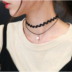 Double Layered Scalloped Pearl Choker Necklace